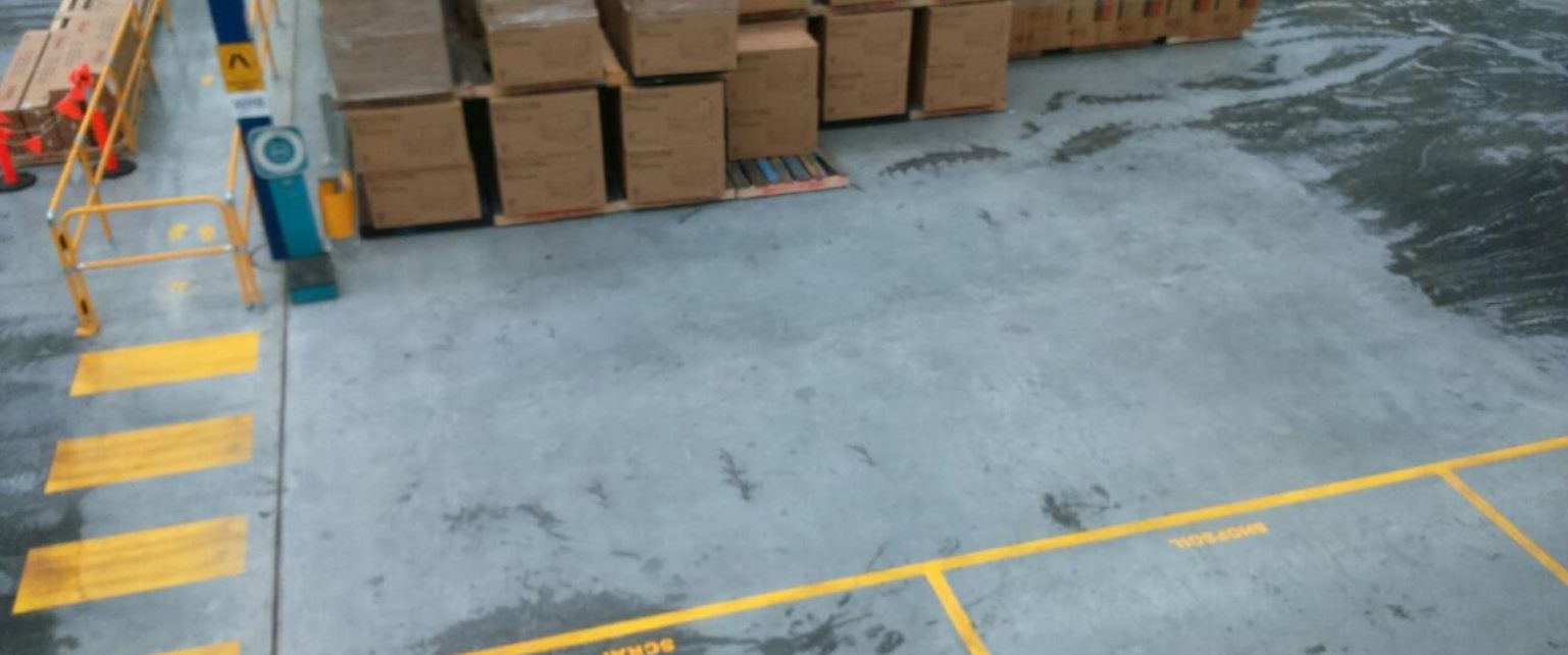 remove tyre marks from forklift
