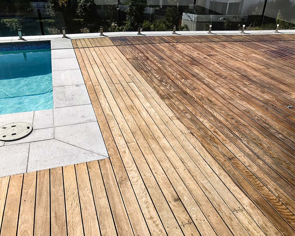 deck re-staining