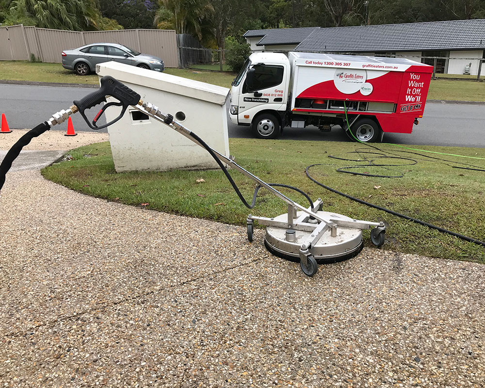pressure cleaning townsville